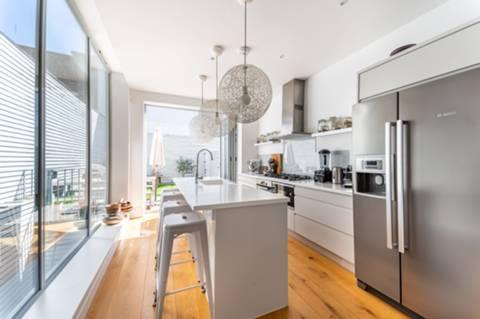 Kitchen in NW10