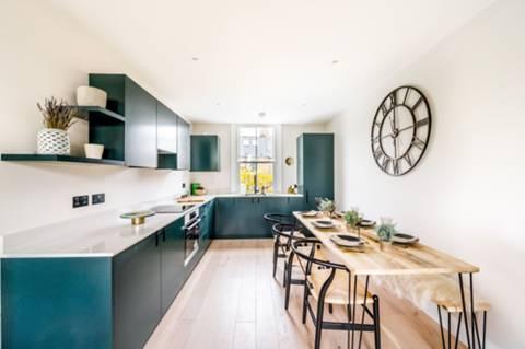 Open-Plan Kitchen in W14