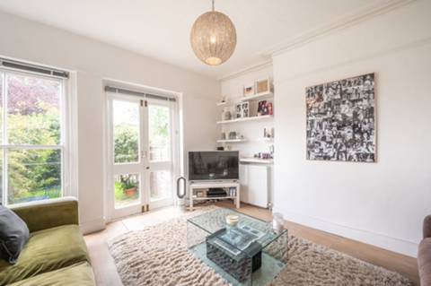Holmdale Court, 18 Holmdale Rd, London NW6 1BN, UK - Source: Foxtons
