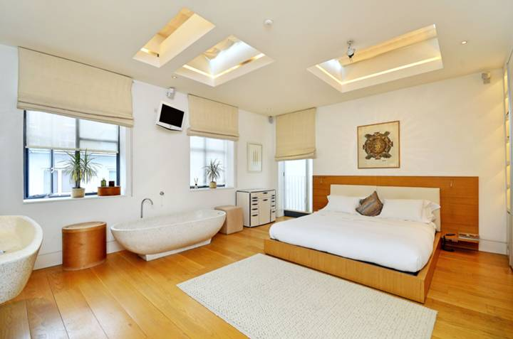 Master Bedroom in W2