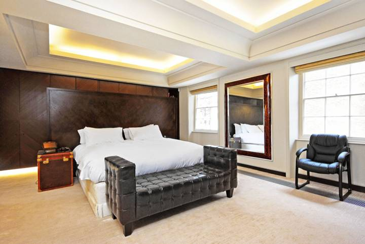 Master Bedroom in SW1X