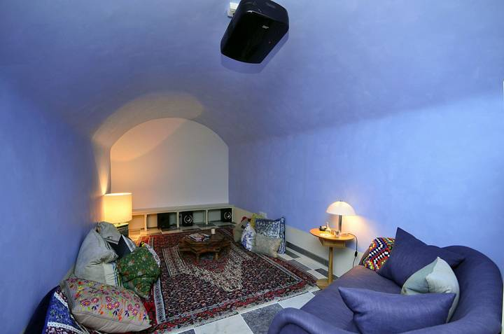 Cinema Room in E1