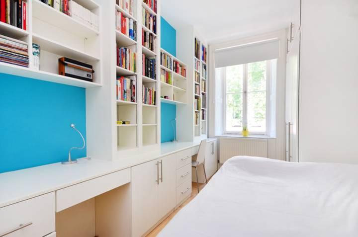 <b>Master Bedroom</b><span class='dims'> 16&#39;8 x 8&#39;6 (5.08 x 2.59m)</span>
