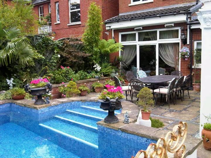 Rear Garden in W5