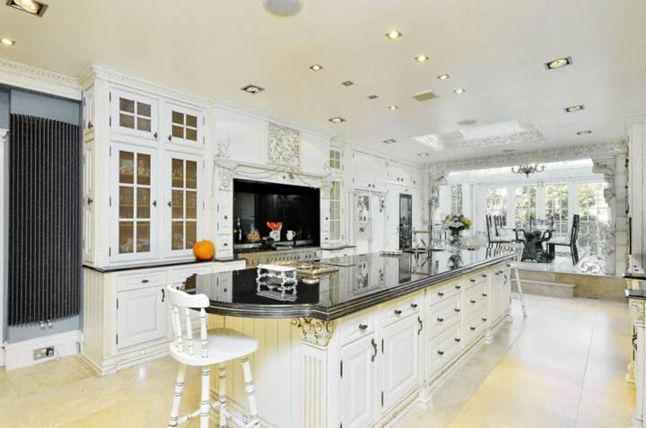 Kitchen in W5