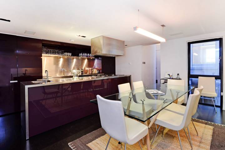 Kitchen/Dining Room in W1J