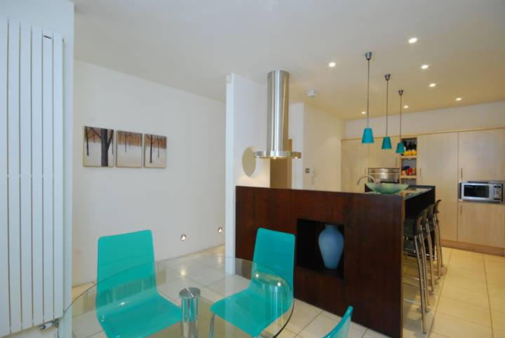 Kitchen/Dining Room in SW7