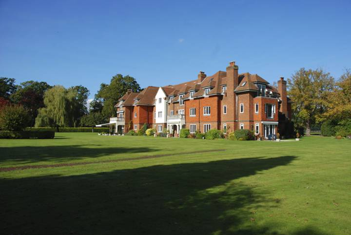 Pyrford Place, Pyrford