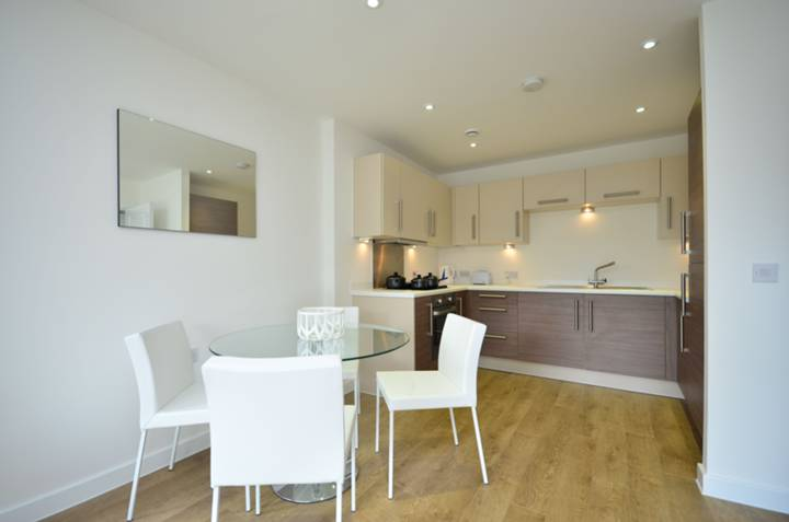 Casson Apartments, Docklands
