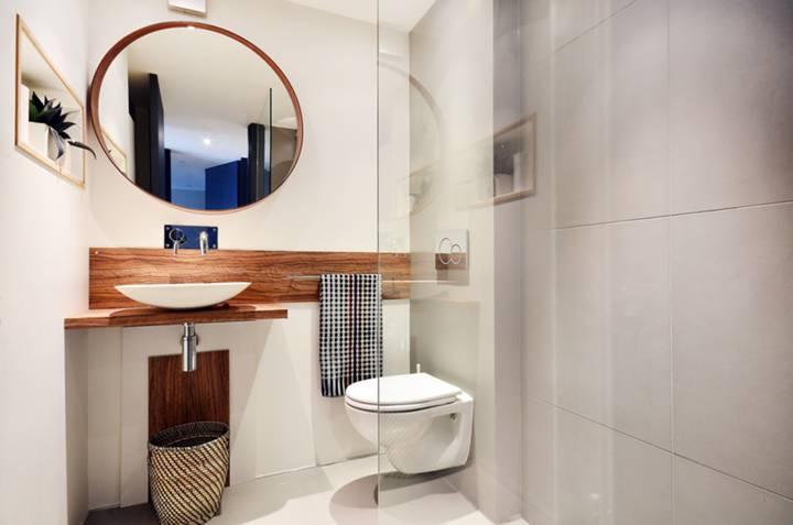 Shower Room in SW10