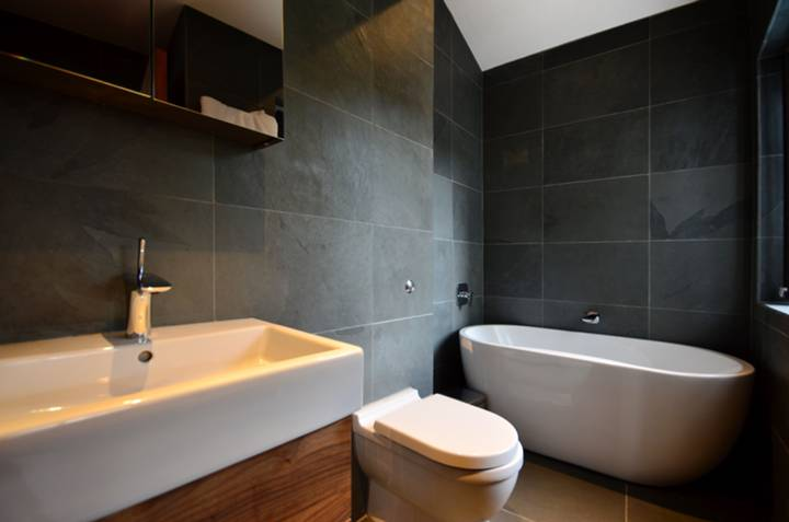 En Suite Bathroom in WC2H