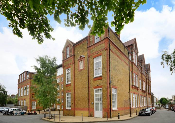 Scholars Place, Stoke Newington