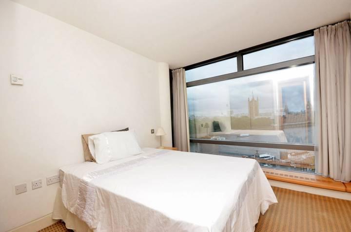 Master Bedroom in SE1