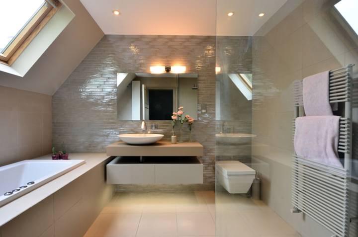 Fourth En Suite Bathroom in W4