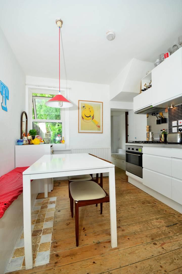 Kitchen in E16