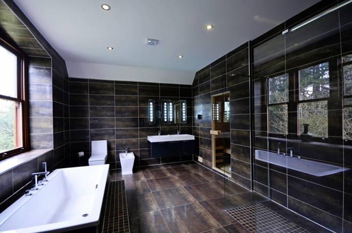 En Suite Bathroom in N20