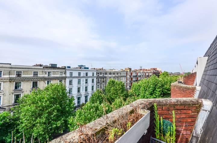 Balcony in SW5