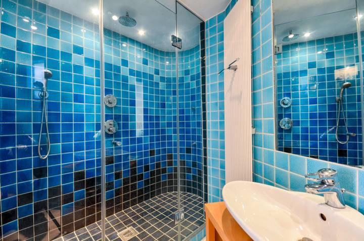 En Suite Shower Room in SW1X
