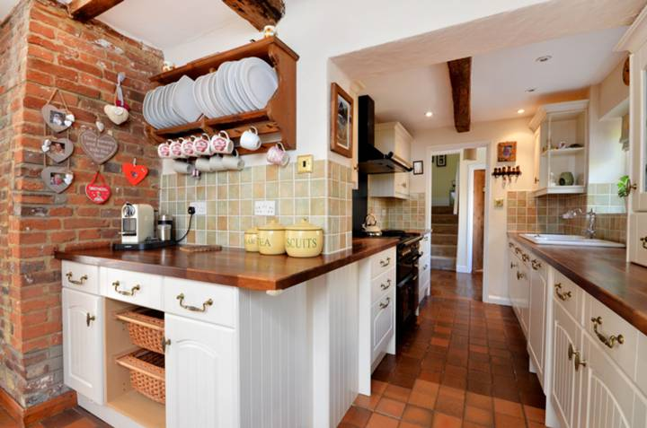 Kitchen/Breakfast Room in GU3