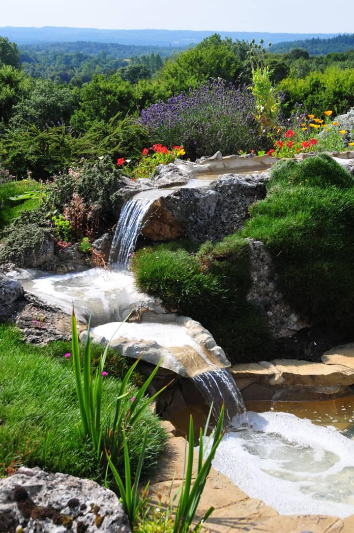 Garden in GU9