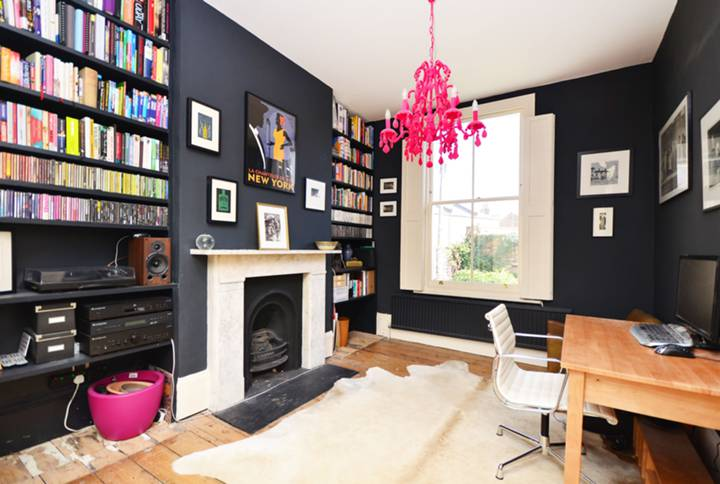 Double Reception Room in N1