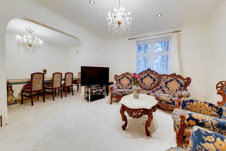 Ridgway, Wimbledon Village