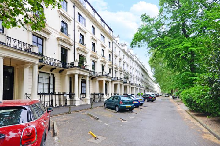 Westbourne Terrace, Bayswater