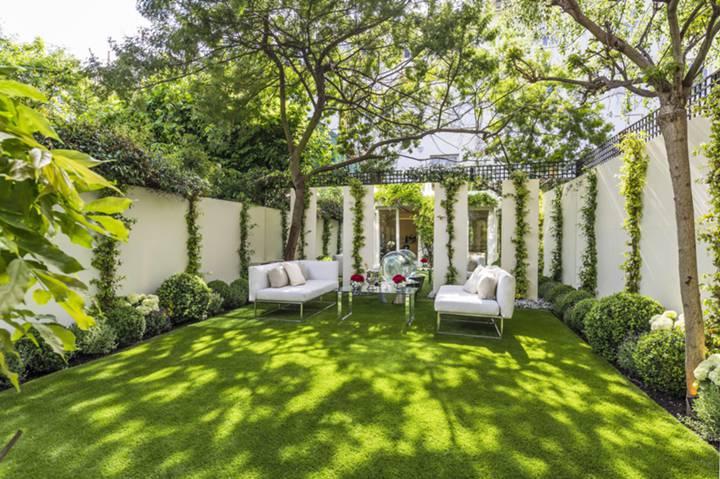Garden in W8