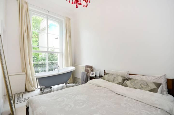 Bedroom in W2