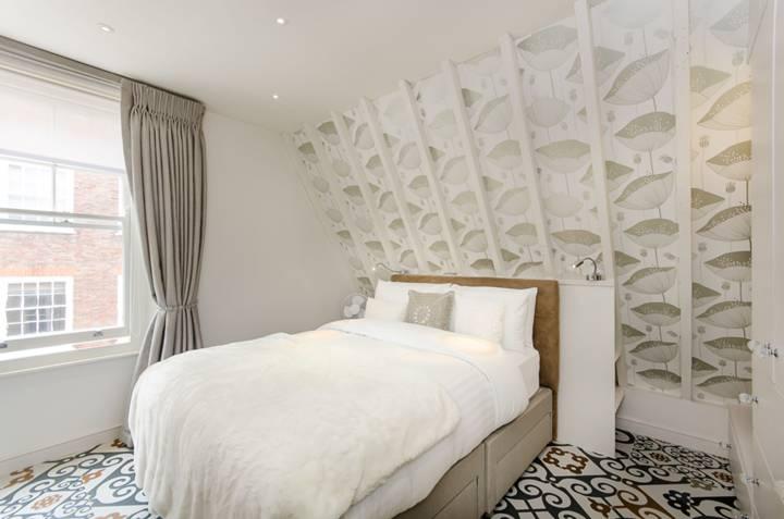 Bedroom in SW1P