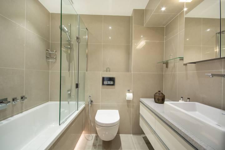 En Suite Bathroom in W6