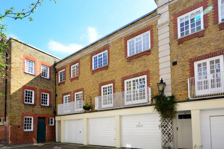 Devonshire Close, Marylebone