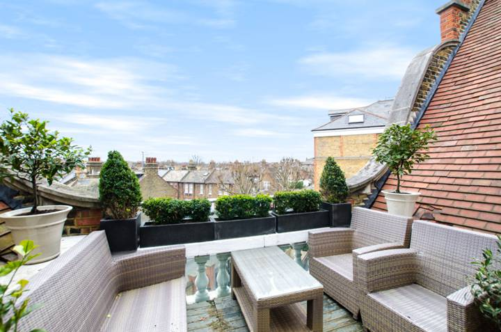 Roof Terrace in SW8