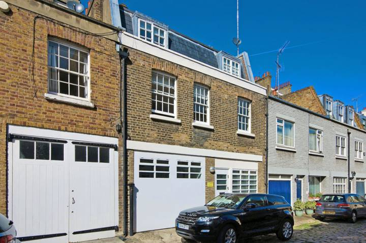 Eccleston Square Mews, Pimlico