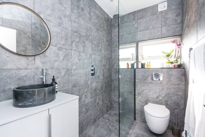 Shower Room in NW10