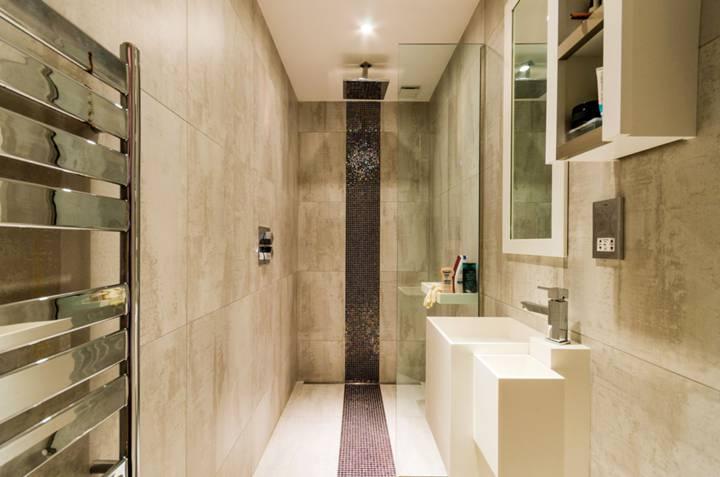 Shower Room in W8