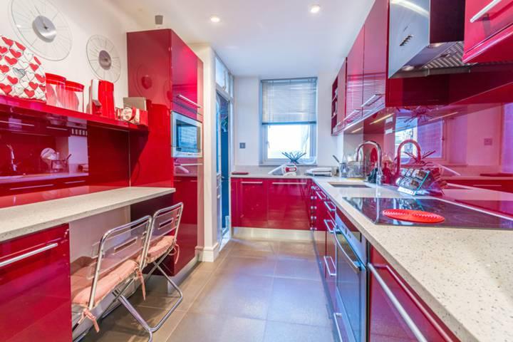 Kitchen in W1J