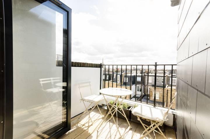 Balcony in SW6