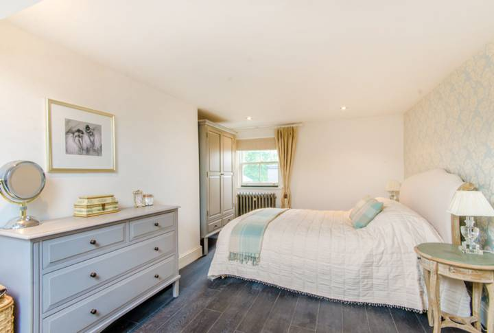 Fourth Bedroom in N5