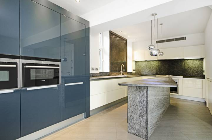 Kitchen in NW8