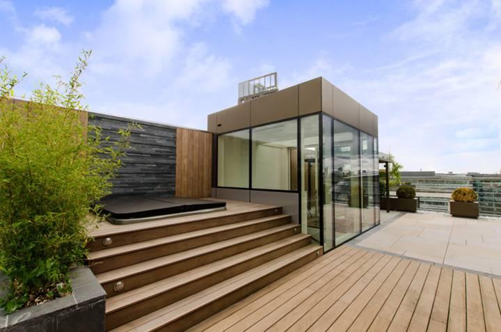 <b>Roof Garden</b><span class='dims'></span>