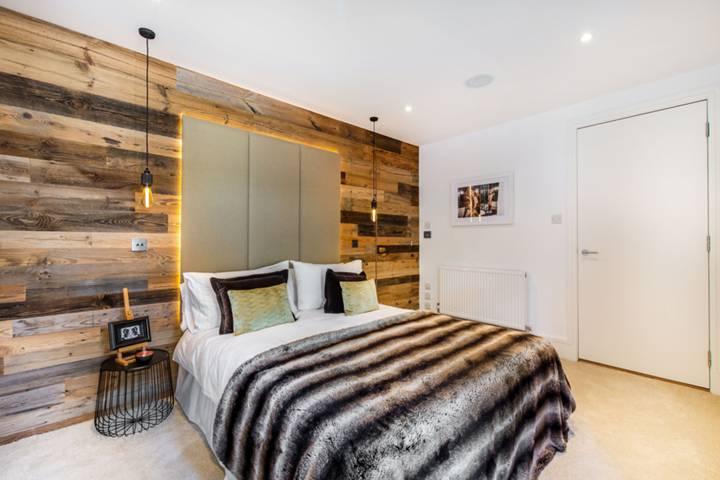 Master Bedroom in W11