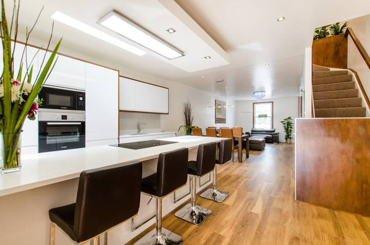 Kitchen/Dining Room in SW12