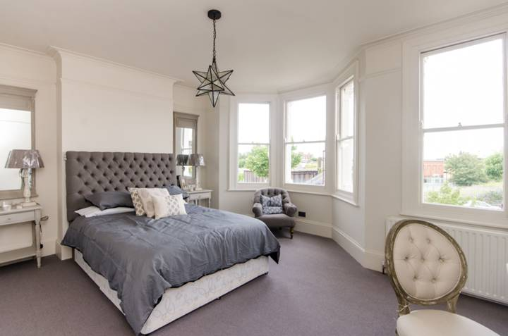 Master Bedroom in SW16