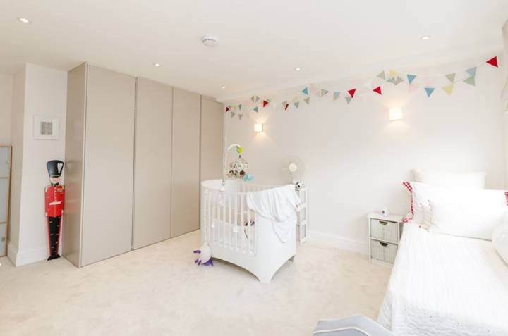 Second Bedroom in SW1V