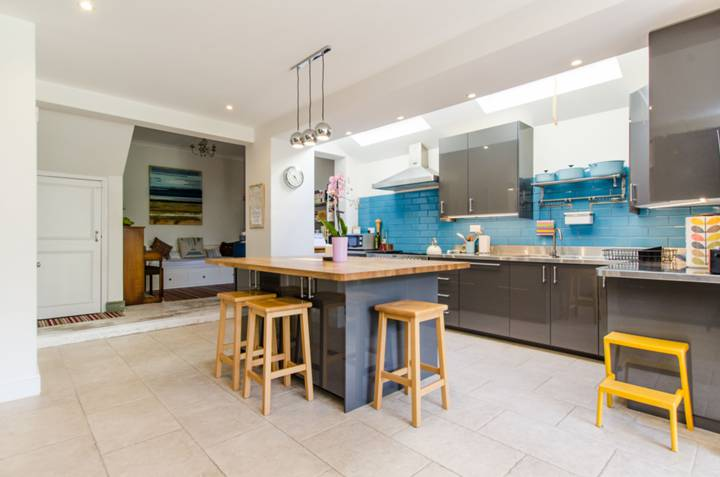 Kitchen/Dining Room in SW17