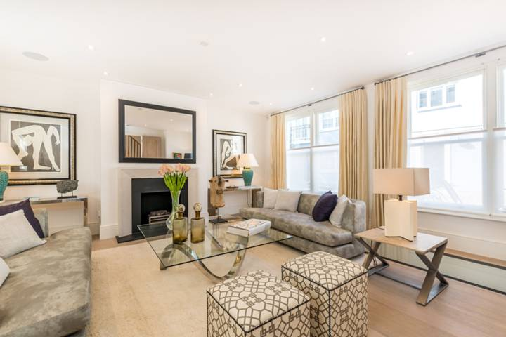 Reception Room in W14