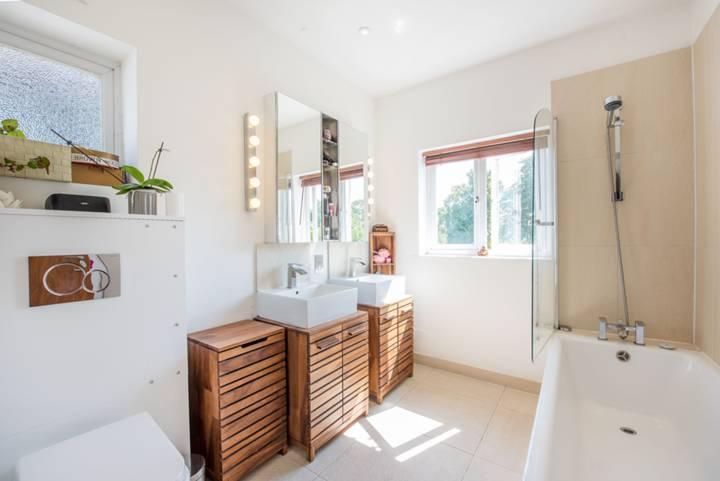 Bathroom in W5