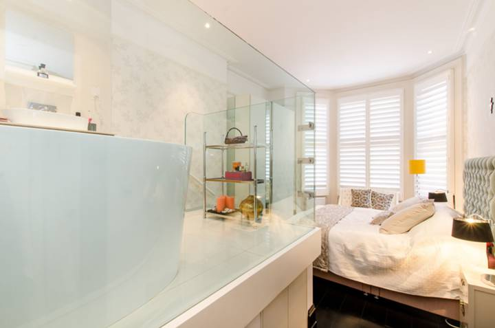 Master Bedroom in SW5