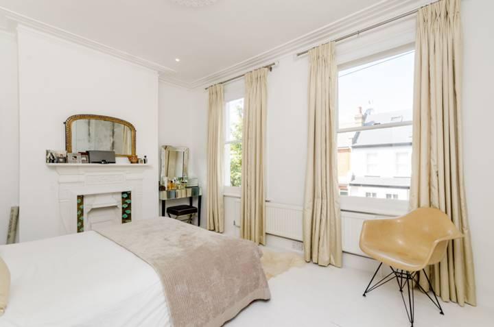 Master Bedroom in W6